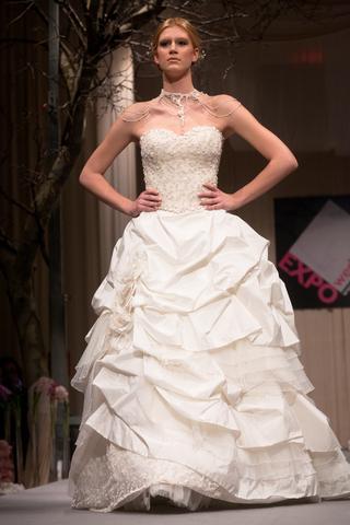 5 Hot Trends for Wedding Dresses in 2015