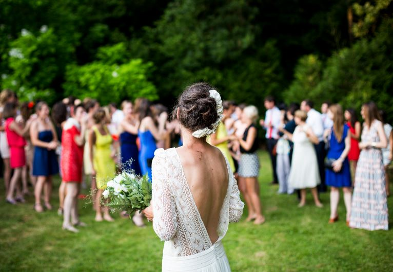 How to Pick Your Wedding Party and MC